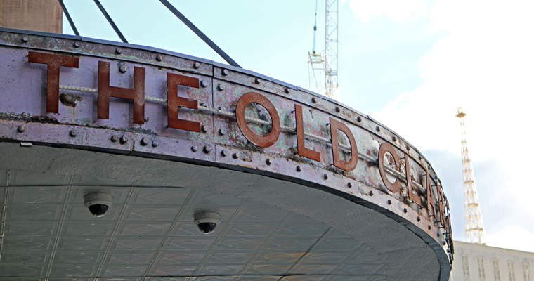ヴィンテージなブティックホテル THE OLD CLARE HOTEL(ザ・オールド・クレア・ホテル) | CHIPPENDALE