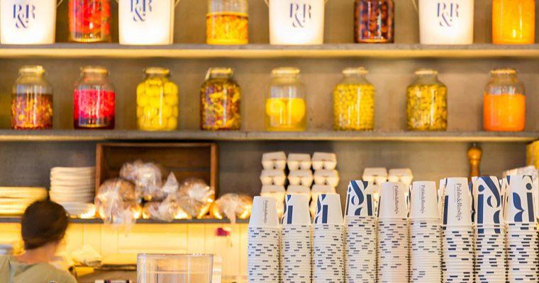 シドニーCBDにあるロースター・カフェ PABLO&RUSTY'S(パブロ&ラスティーズ)| TOWN HALL