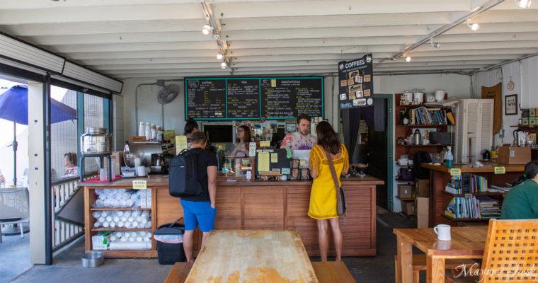 マノアにあるローカル・カフェ MORNING GLASS COFFEE | HAWAII